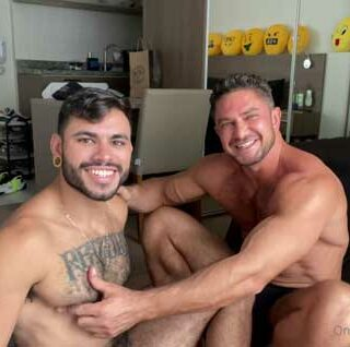 Cassio Farias with another muscle stud, but ends up being the bottom bitch! I like to go somewhere warm when winter arrives. I hate cold weather.